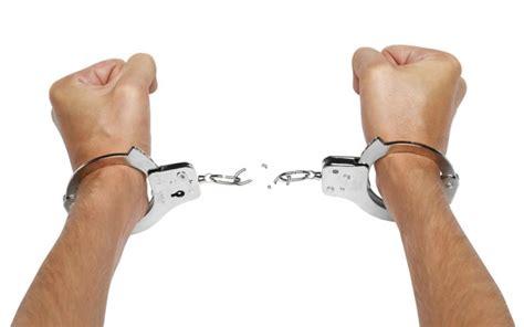 breakcuffs